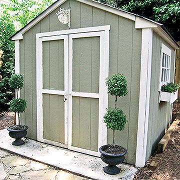 Black interior doors with white trim - Our Favorite Shed Makeovers From Backyards Across The World