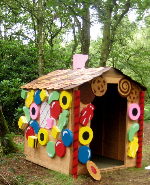gingerbread shed playhouse